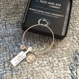 NWT penn state Alex and ani
